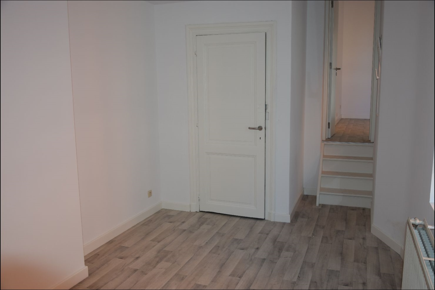 photo_TRES BEL APPARTEMENT +- 80M² AU 1ER ETAGE D'UN PETIT IMMEUBLE