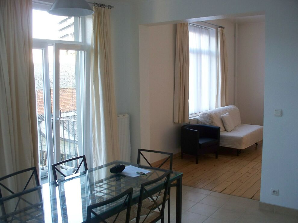 photo_BETWEEN SCHUMAN AND MERODE FURNISHED APARTMENT 2 BEDROOMS + TERRACE