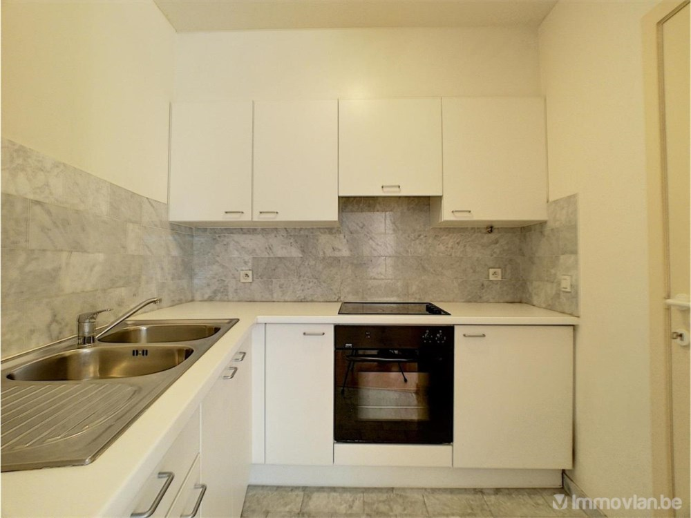 photo_Bld Du Souverain - Furnished 1 bedroom apartment
