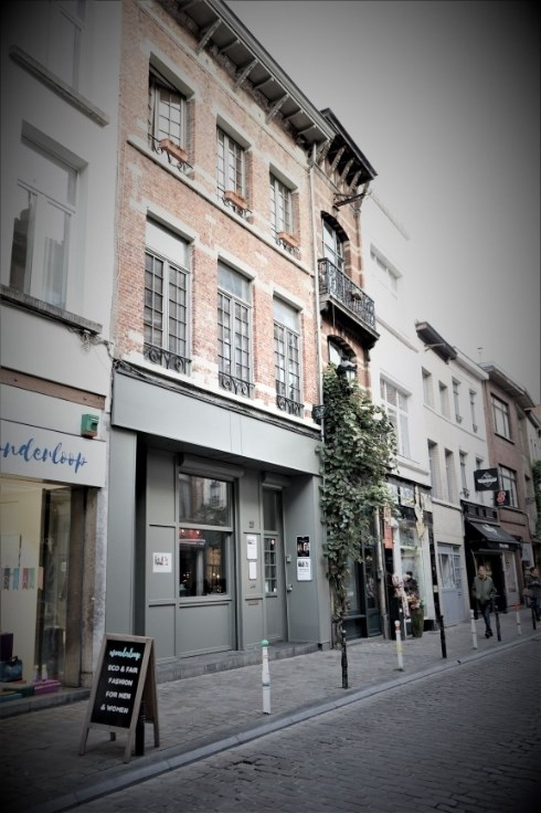 photo_Dansaert / Sainte Catherine - 2 bedroom apartment NOT furnished!