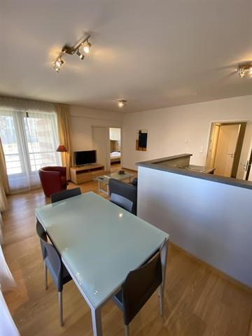 photo_Throne, Place du Luxembourg beautiful furnished 1 bedroom apartment!