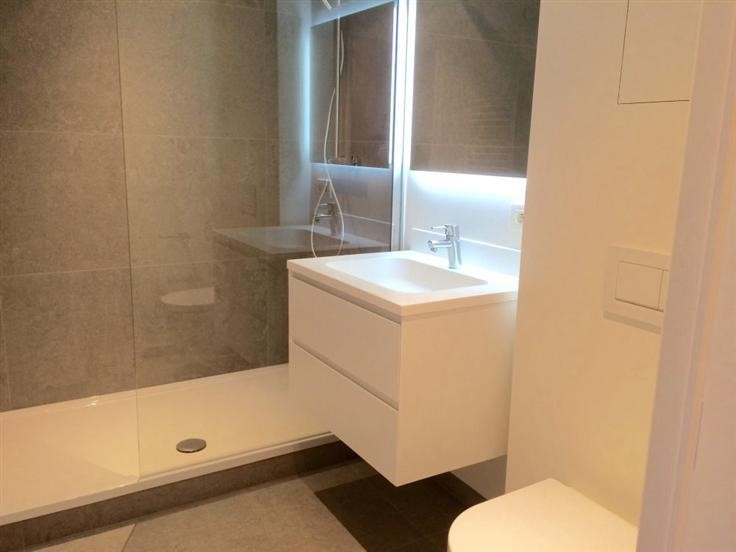 photo_Brugmann area! Beautiful 2 bedroom furnished apartment with TERRACE