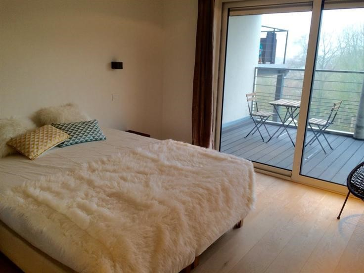 photo_Brugmann area! Beautiful 3 bedroom furnished apartment with TERRACE