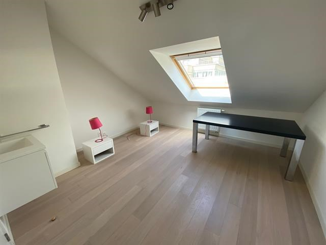 photo_Place du Luxembourg - Furnished 3 bedroom apartment + TERRACE
