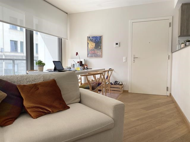photo_Arts-loi area, very nice furnished apartment 2 bedroom