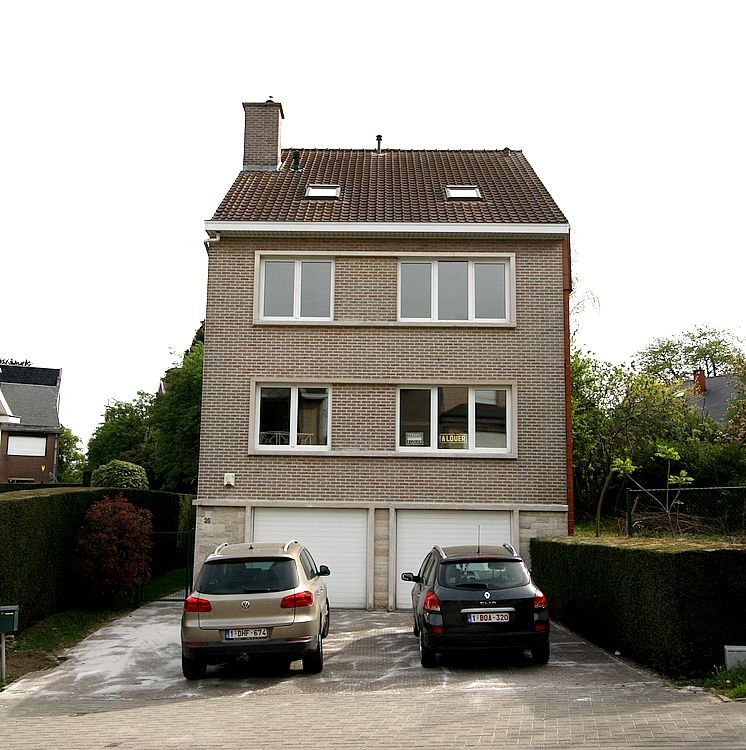 photo_SAINT LUC HOUSE 5 BEDROOMS WITH GARDEN