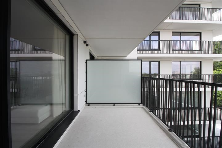 photo_Proximity Meiser - furnished 3 bedroom apartment 1st occupation!!