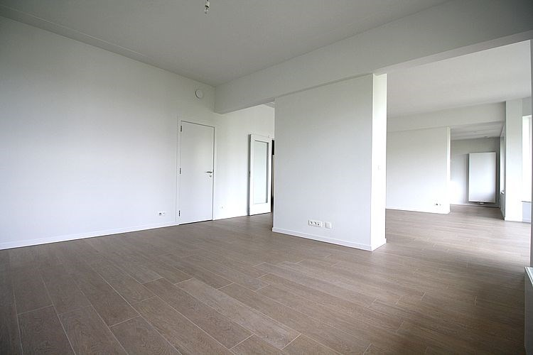 photo_Avenue Louise, 3 bedroom apartment with terraces!