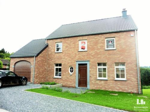 for rent - HOUSSE