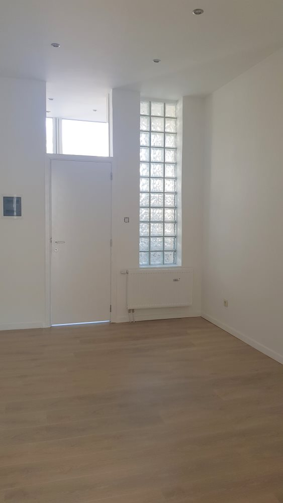 photo_Appartement +/-40 - REMIS A NEUF - CHARGES INDIVIDUELLES!!