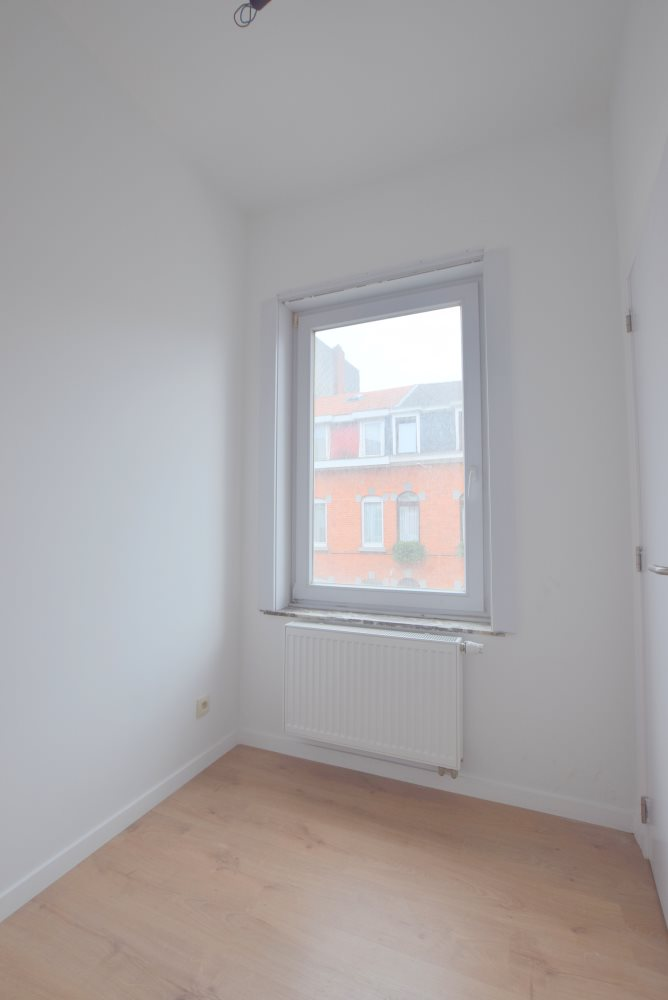 photo_Appart +/-55m² - COMPLETEMENT RENOVE – CHARGES FORFAITAIRES!