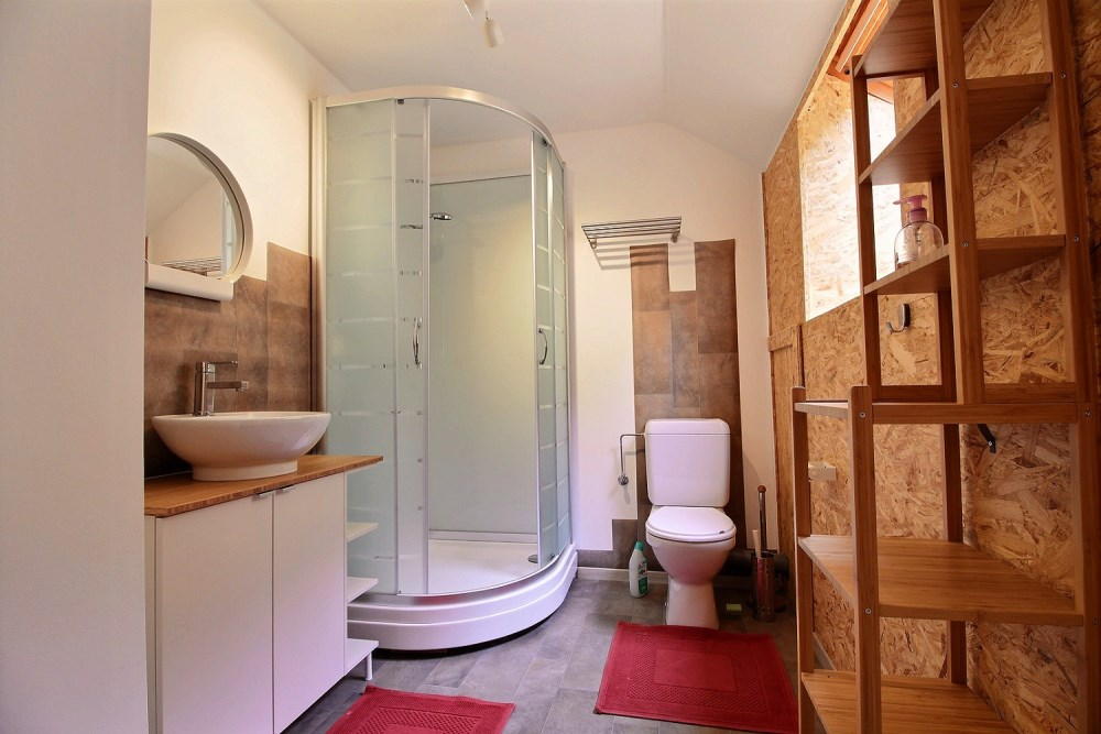 photo_Beautiful 1 bedroom apartment totally renovated (No possibility of domicilation)