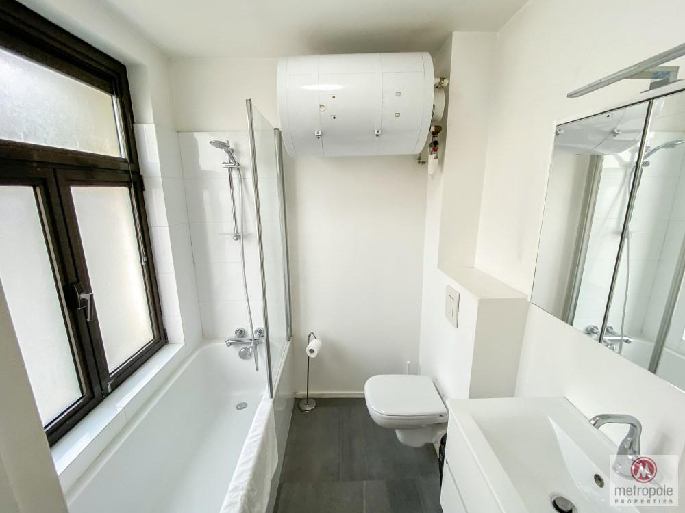 photo_GRAND PLACE - BEAUTIFUL 1 BEDROOM APARTMENT RENOVATED