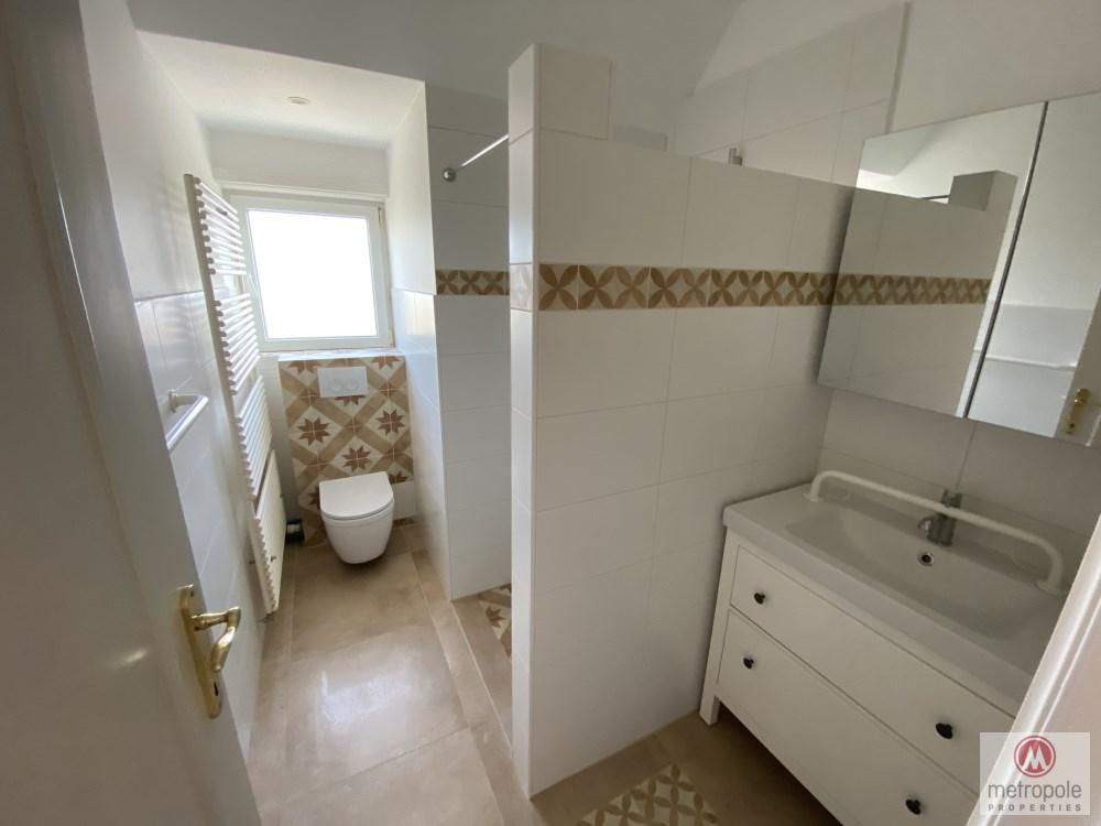 photo_VERY NICE VILLA 4 BEDROOMS RECENTLY RENOVATED IN THE HEART OF A GREEN PLOT OF LA