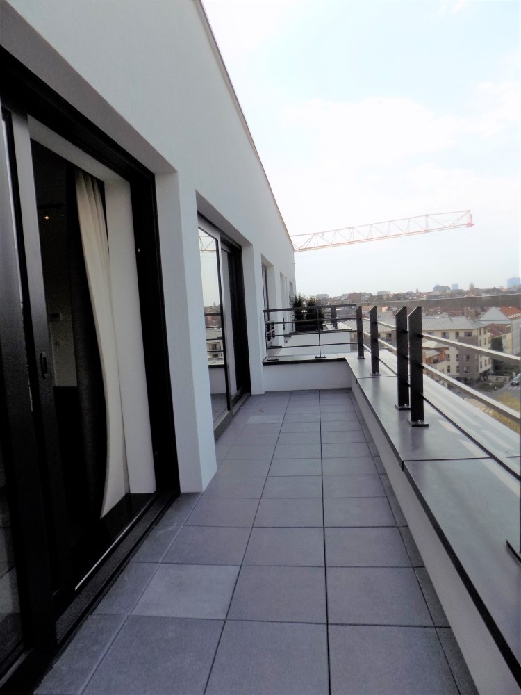photo_FURNISHED APARTMENT WITH 2 BEDROOMS + TERRACE