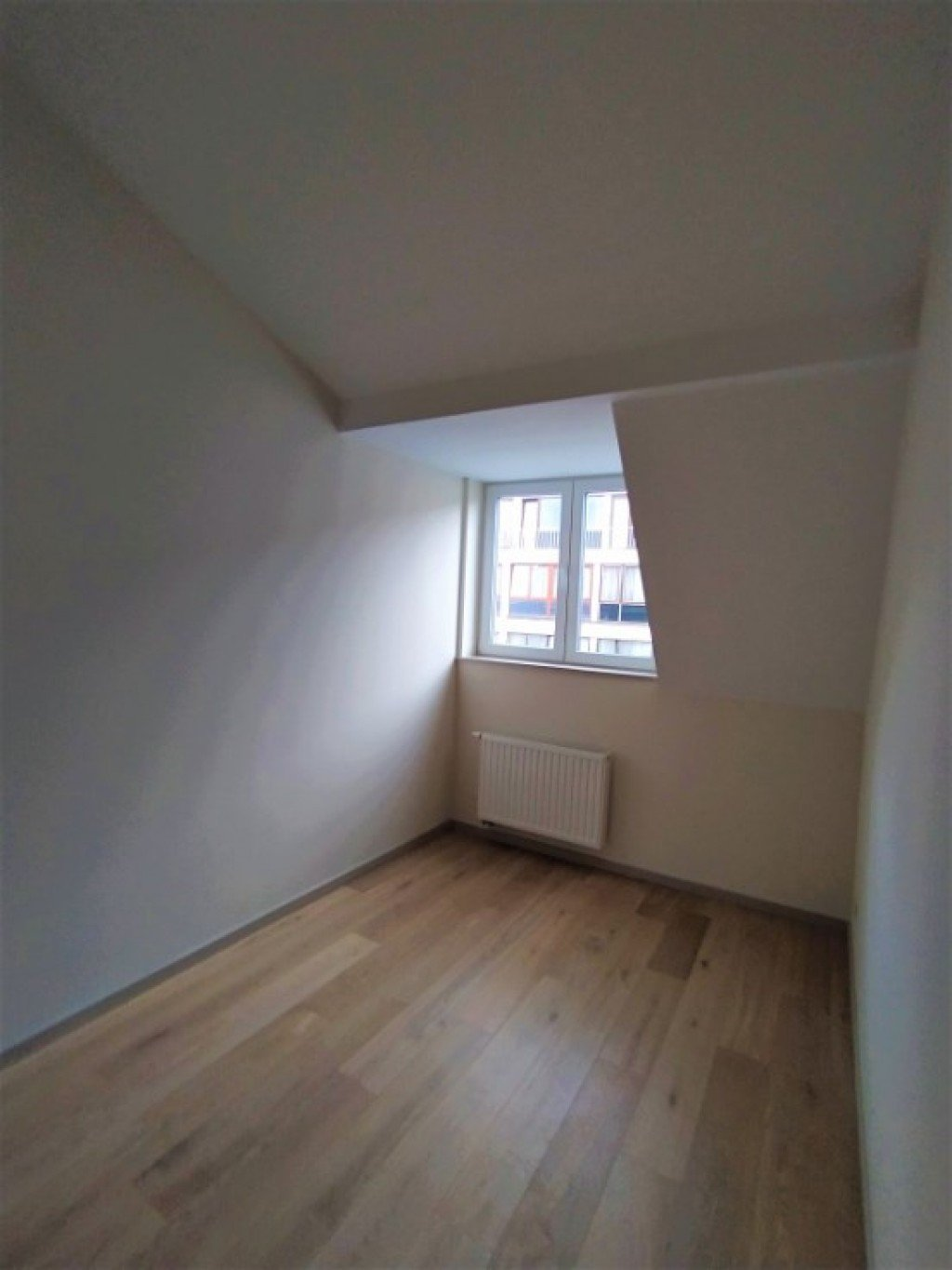 photo_ULB district, very nice renovated 2 bedroom apartment unfurnished