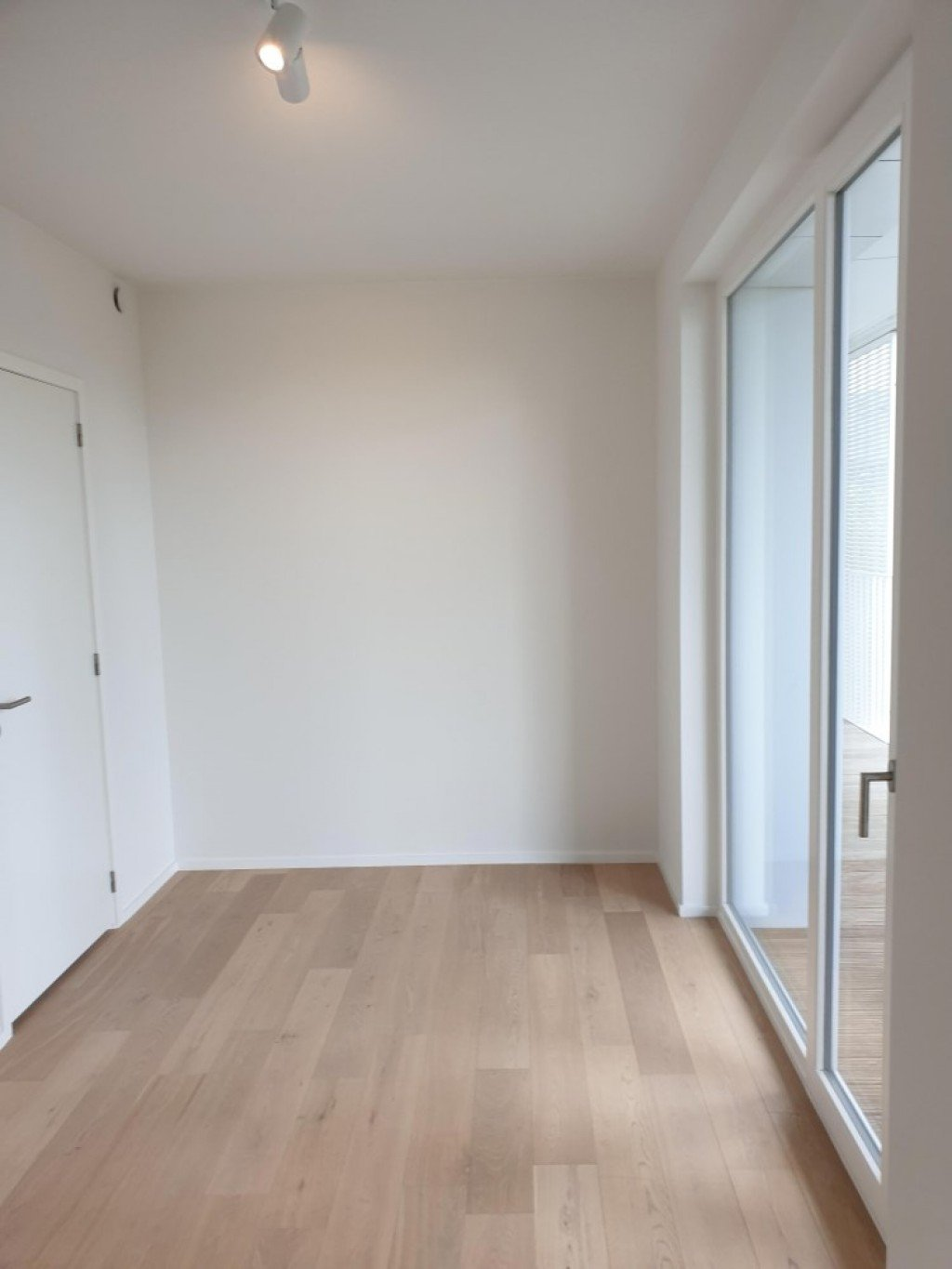 photo_NATO area in new building, very nice 2 bedroom + 1 office apartment with terrace