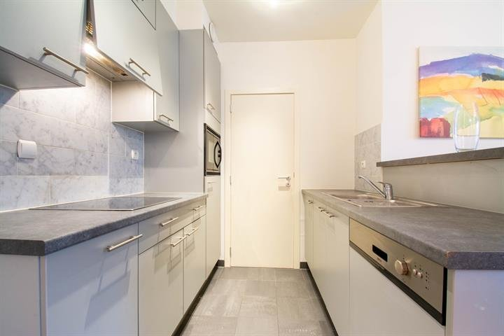 photo_Luxembourg district - Bright furnished 2 bedroom apartment