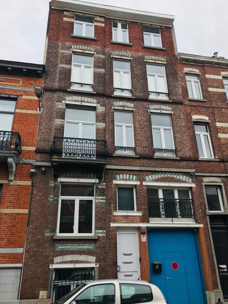 photo_Appartement à rénover TEL : 0478/55.26.16