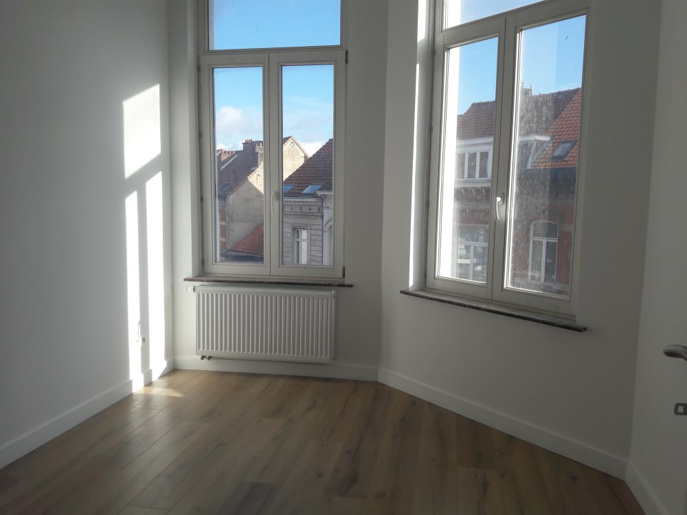 photo_LOUISE : Appartement 1 chambre de +/- 50 m²