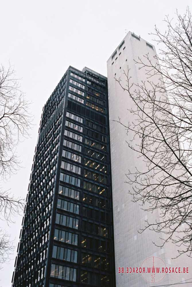 photo_BRUSSELS / OFFICES IDEALLY LOCATED AVENUE LOUISE 220 € / m² / year
