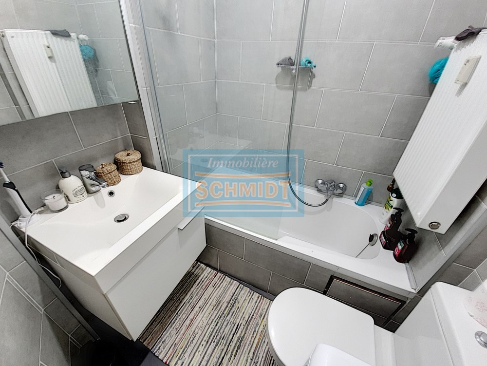 photo_CINQUANTENAIRE: beautiful studio with bathroom completely renovated