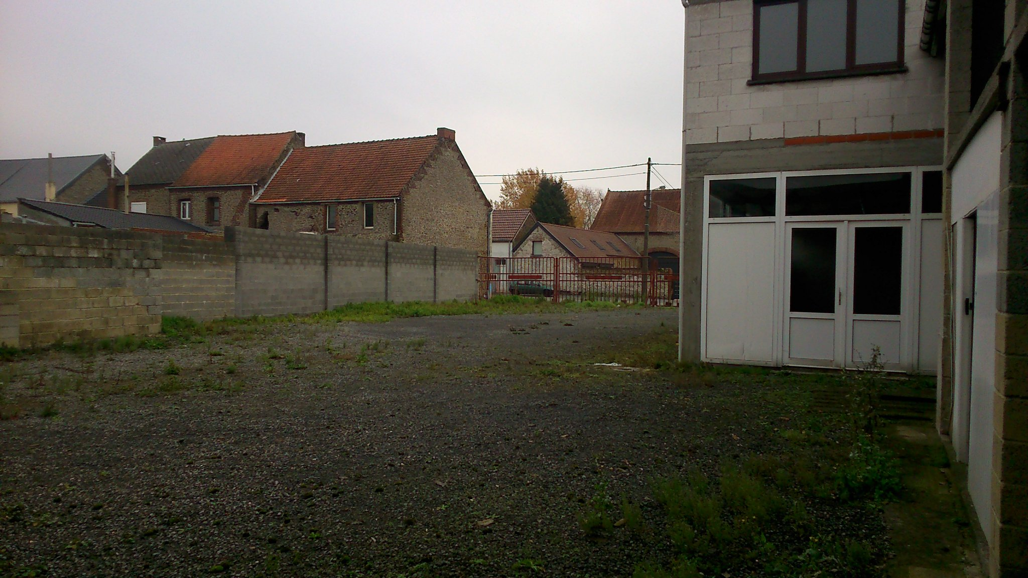 photo_ Ensemble immobilier, 250m² au sol + 400 m² hangar sur 14 ares